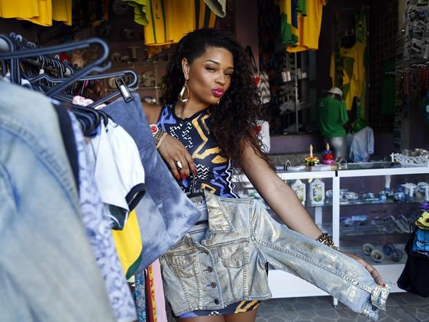 Valeska (Juliana Alves) terá vlog com dicas divertidas de moda e comportamento (Foto: Raphael Dias/Gshow)