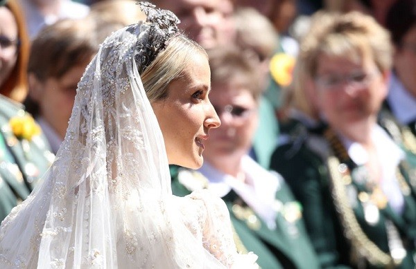 A partir desde sábado (8), Ekatarina passa a ostentar o título de duquesa de Brunswick-Lüneburg e princesa da Inglaterra e da Irlanda (Foto: Getty Images)