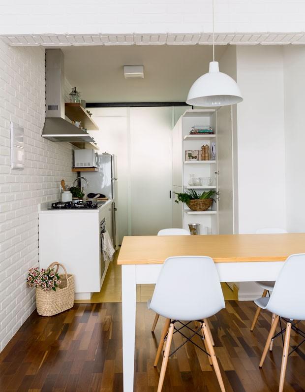 cozinha-arquiteta-luciana-fioratti-designer-de-interiores-luiza-simoes-neutro (Foto: Edu Castello/Editora Globo)