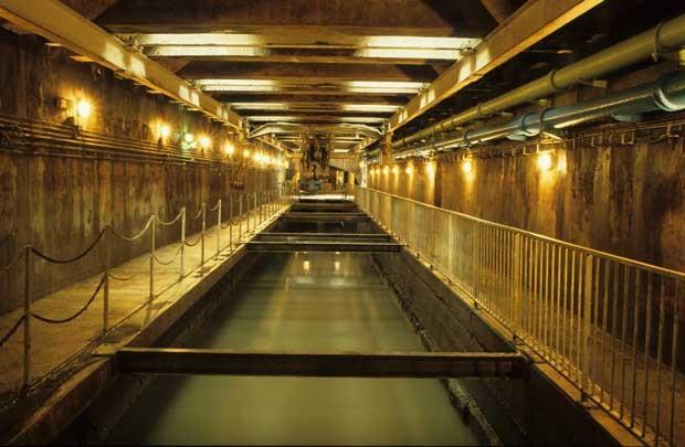 Urina radioativa acabou sendo lançada no sistema de esgoto (Foto: Prefeitura de Paris)