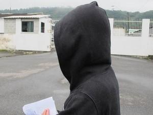 Menina diz que foi agredida por mais de 10 minutos (Foto: Mariane Rossi/G1)