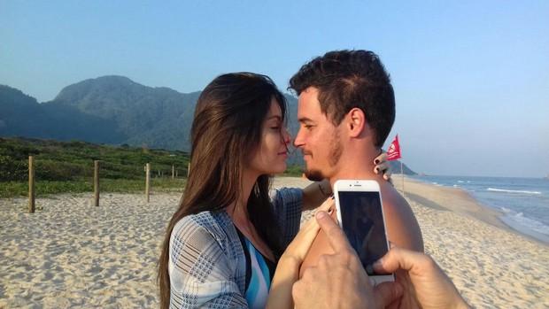 Felipe Dylon e a modelo Amanda Wikhel (Foto: Divulgação)