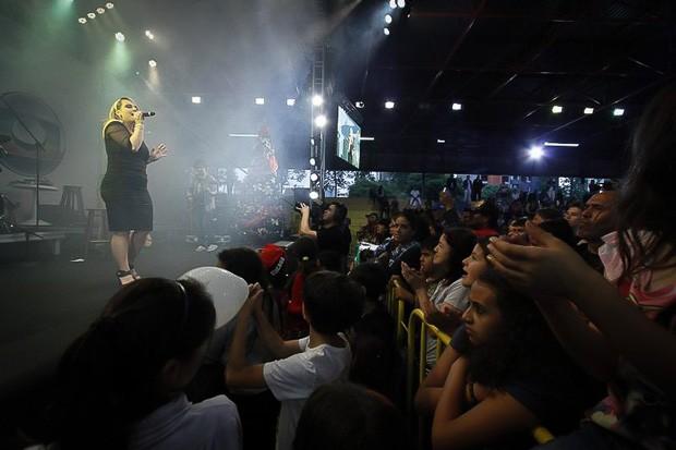 Som de Natal RPC TV convidou curitibanos a praticar a solidariedade e se divertir em Curitiba (Foto: Euricles Macedo/RPC TV)