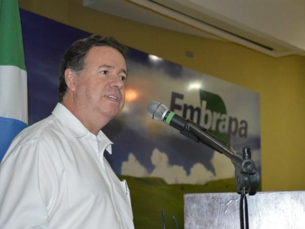 Diretor de Pesquisa e Desenvolvimento da Embrapa, Ladislau Martim Neto, na Dinapec (Foto: Anderson Viegas/Do Agrodebate)