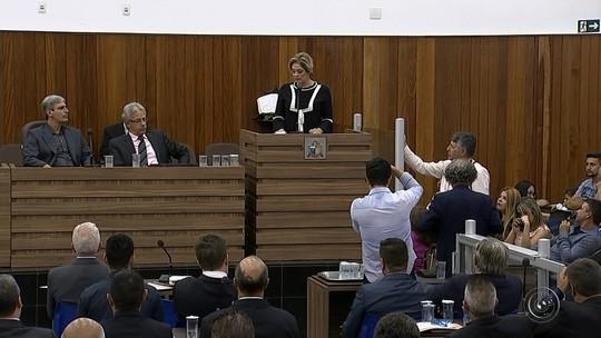 Prefeita, vice e vereadores eleitos em Itapetininga são diplomados