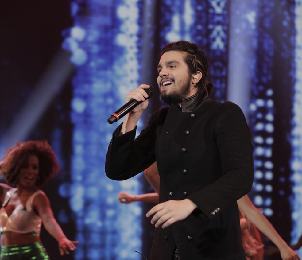 Luan Santana levanta o público com seus sucessos (Foto: Inácio Moraes/Gshow)