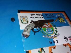 Material foi apreendido em Bom Jesus do Itabapoana (Foto: Divulgação/ Polícia Militar)