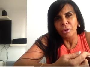 Gretchen em um dos vídeos de seu canal (Foto: Reprodução/YouTube/Gretchen & Você)
