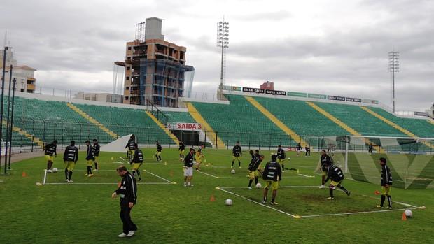 Figueirense treino quadradinho Orlando Scarpelli (Foto: Marcelo Silva)