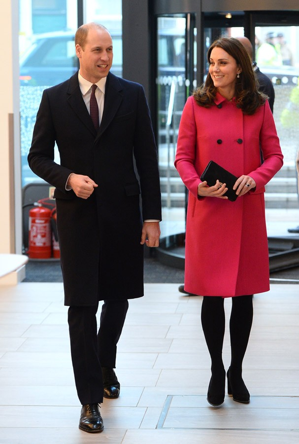 COVENTRY, ENGLAND - JANUARY 16:  Prince William, Duke of Cambridge and Catherine, Duchess of Cambridge visit Coventry University, Science and Health Building on January 16, 2018 in Coventry, England.  (Photo by Eamonn M. McCormack-WPA Pool/Getty Images) (Foto: Getty Images)