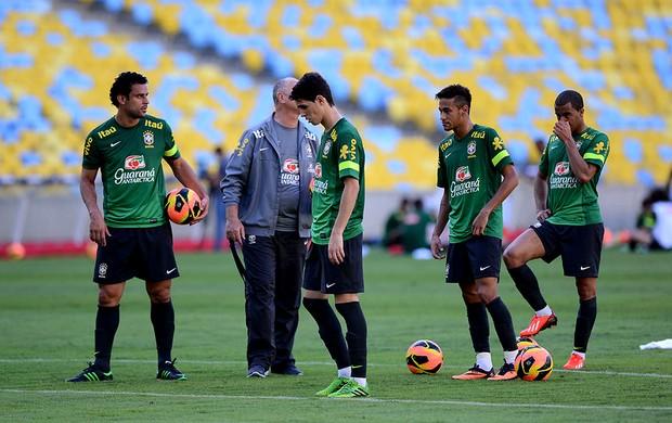 Fed neymar lucas oscar brasil treino (Foto: André Durão / Globoesporte.com)