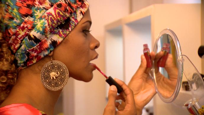 Assessórios, roupas e cosméticos são alguns dos itens comercializados por elas (Foto: Divulgação / TV Gazeta ES)