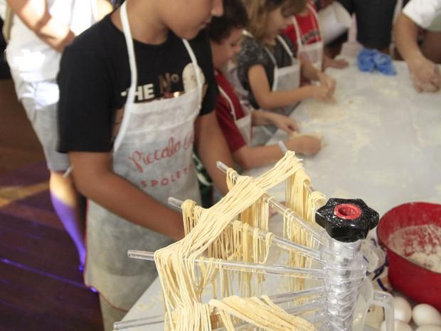 Oficina de culinária infantil é uma das atrações do Shopping Iguatemi (Foto: Shopping Iguatemi/Divulgação)