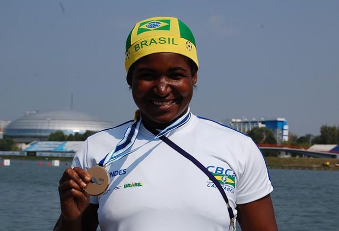 Valdenice Conceição - bronze mundial de canoagem de velocidade (Foto: Divulgação CBCa)