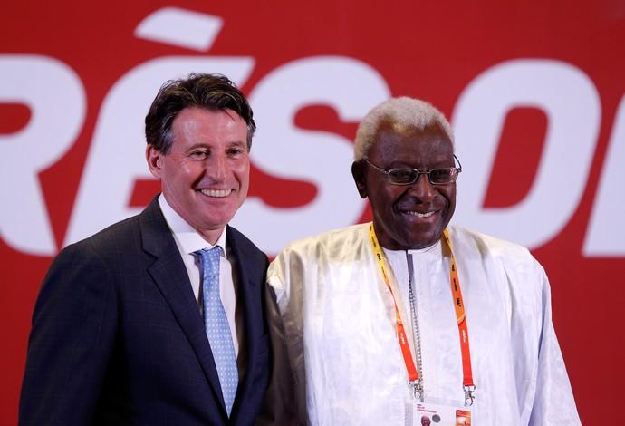 Sebastian Coe e Lamine Diack eleições Iaaf (Foto: Getty)