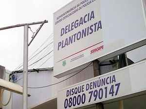 Caso foi registrado na Delegacia Plantonista (Foto: Fredson Navarro / G1)