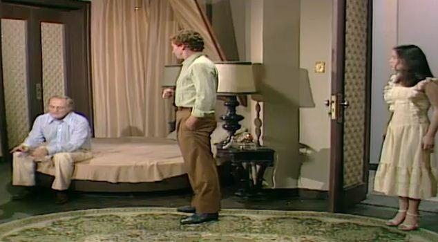 Clara escuta Rafael dizer a Nuno que vai embora de casa por causa do que ele e Csar fizeram com Andr e Carina (Foto: Reproduo/viva)