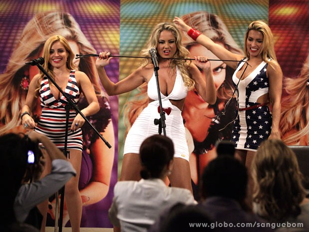 Mangaba arrasa com sua nova música de trabalho (Foto: Sangue Bom / TV Globo)