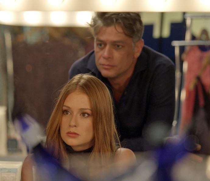 Eliza diz a Arthur que não quer mais morar ocm ele (Foto: TV Globo)