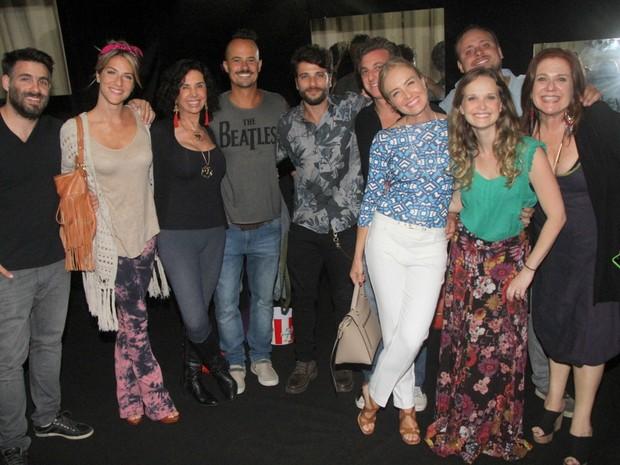 Famosos na peça 'Tô Grávida' (Foto:  Daniel Delmniro / AgNews)