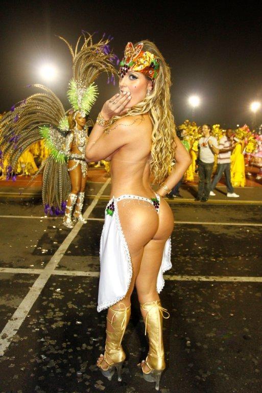 Andressa Urach em SP (Foto: Paduardo/AgNews)