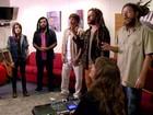 Preparadora vocal entra em ação para 'afinar' bandas do SuperStar