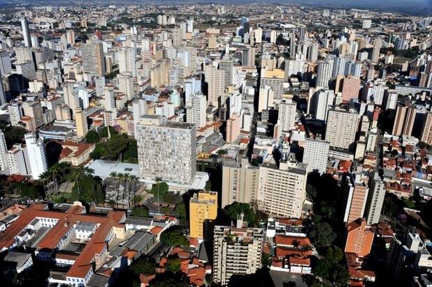 Vista aérea da Prefeitura de Campinas (Foto: João Mauricio Garcia/G1)