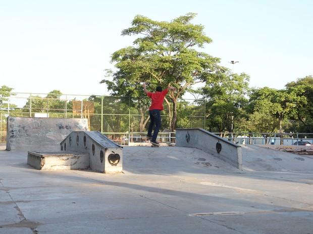 A Complexo Ayrton Senna é o maior do Norte do Brasil. Lá é possível encontrar quadras de esporte, complexo de alimentação, áreas de recreação infantil, pista de skate, de bicicleta e espaços para shows (Foto: Inaê Brandão/G1 RR)