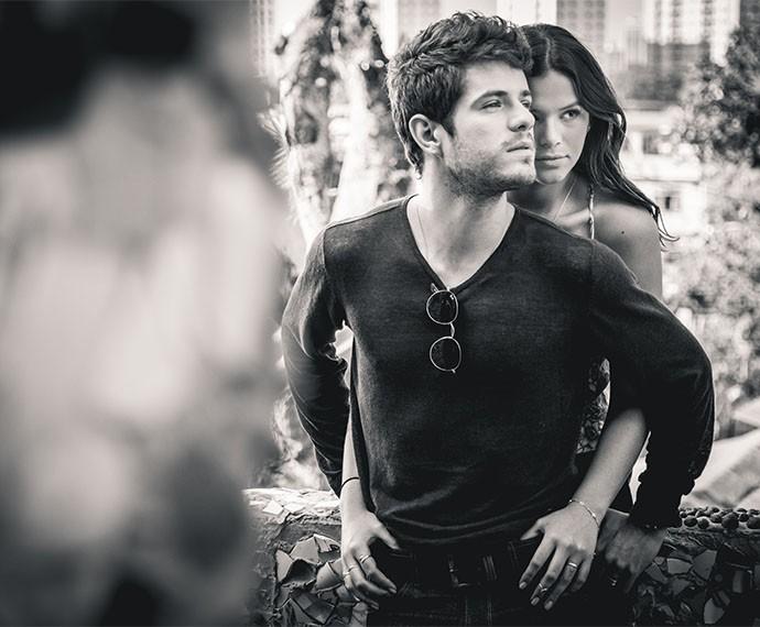 Maurício Destri e Bruna Marquezine vivem Benjamin em Marizete e revelam torcida pelo casal (Foto: Fabiano Battaglin/Gshow)