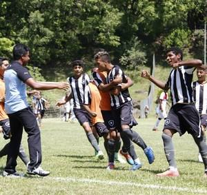 Botafogo x Vitória, Copa Brasil de Futebol Infantil, sub-15, Votorantim (Foto: Divulgação / SECOM Votorantim)