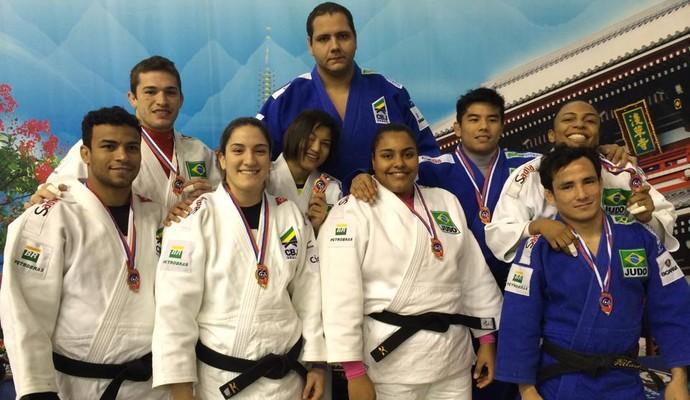 medalhistas grand slam de tyumen de judô (Foto: Divulgação/CBJ)