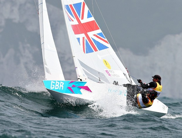 Iain Percy vela Andrew Simpson star olimpíadas 2012 (Foto: Getty Images)