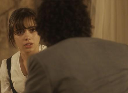 Cecília suspeita que seja irmã de Libério