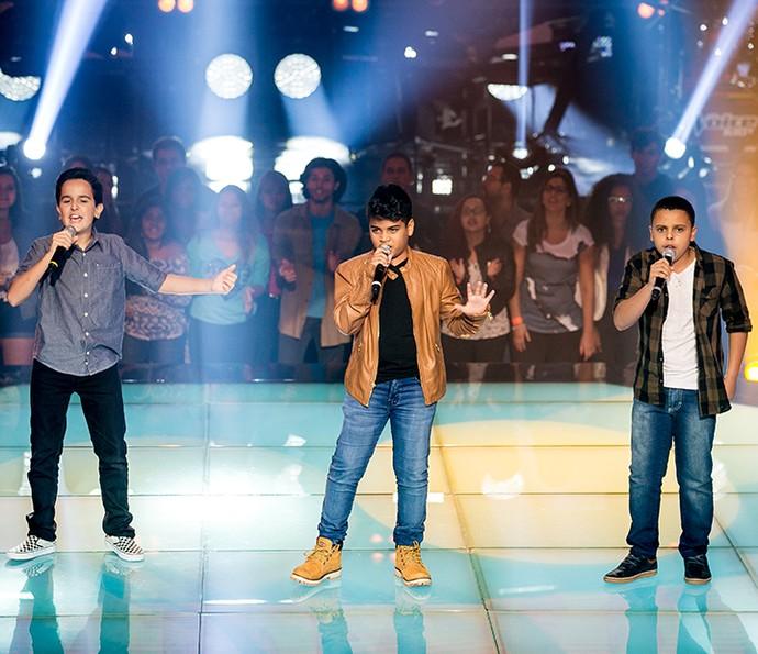Gabriel Gava, João Pedro Borges e Ryandro Campos mostraram carisma e talento com Vou Deixar (Foto: Isabella Pinheiro/Gshow)