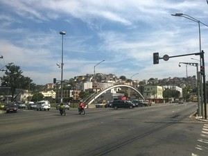 Câmera cruzamento Av. Rio Branco e Brasil Juiz de Fora (Foto: Roberta Oliveira/ G1)