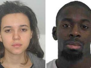 A Prefeitura de Paris divulga fotos de Hayat Boumeddiene (esq.) e Amedy Coulibaly, dupla suspeita de envolvimento no sequestro no mercado de Paris (Foto: Reuters/Prefeitura de Paris)