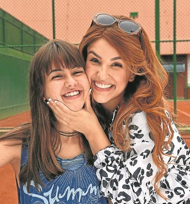 Klara Castanho e Kéfera (Foto: Páprica Fotografia)