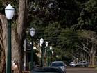 Cidade do PR tem 15 postes de luz por quarteirão e gasto é investigado