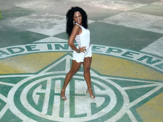 Camila Silva, rainha de bateria da Mocidade Independente de Padre Miguel, na quadra da agremiação na Zona Norte do Rio (Foto: Daniel Pinheiro/ Ag. News)