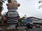 Manifestação contra a corrupção em Curitiba tem boneco gigante de Lula