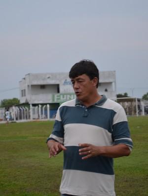 Técnico Marcolino, do Ariquemes Sub-16 (Foto: Laiane Martins)