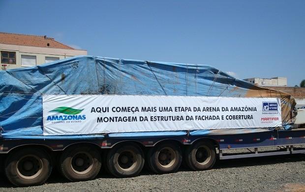 Guindaste Arena da Amazônia (Foto: Divulgação/Andrade Gutierrez)