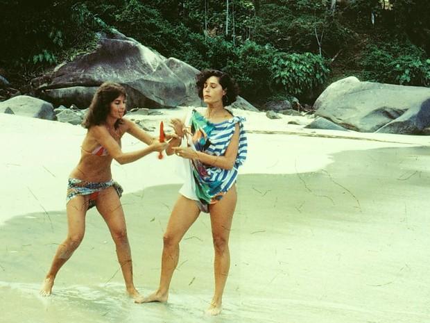 Jô (Christiane Torloni) e Paula (Fátima Freire) em A Gata Comeu