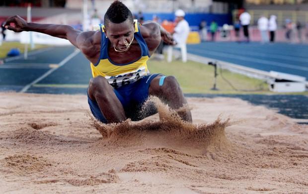 atletismo Mauro Vinícius da Silva, o Duda, do salto em distância (Foto: Agência Luz / BM&FBOVESPA)