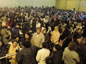 Espaço ficou lotado de fiéis em Itapetininga (Foto: Caio Gomes Silveira/ G1)