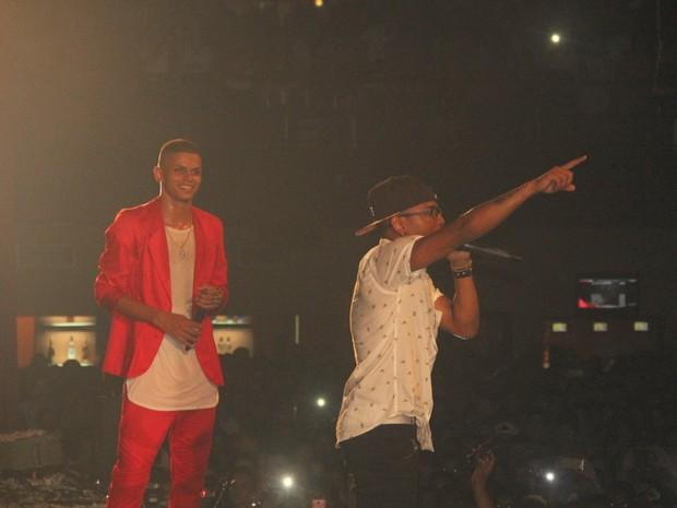 MC Maneirinho e Nego do Borel em show no Rio (Foto: Divulgação)
