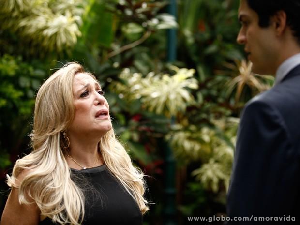 Pilar manda na lata de Félix que preferiria que Cristiano estivesse vivo (Foto: Inácio Moraes / TV Globo)