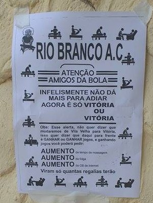 Bilhete do massagista Pedroso, do Rio Branco-ES (Foto: Deysiane Gagno/Rio Branco AC)