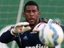 Procurado por clubes do exterior, Aranha rescinde com o Palmeiras