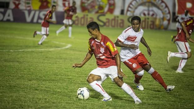 Rafael marcou o gol da vitória do Sergipe (Foto: Filipe Araújo/FSF)